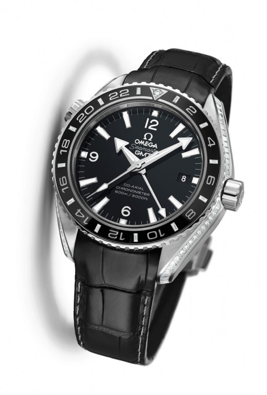 Seamaster Planet Ocean Platinum with diamond-set ceramic and sapphire (2)